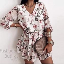 Lilleline vööga kleit