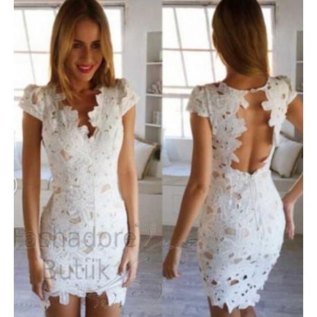 Heegeldatud osaga kleit