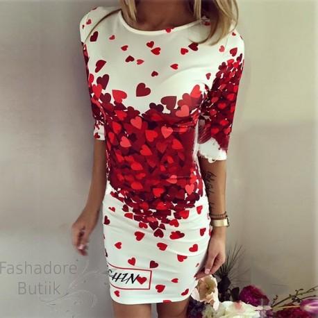 Südametega kleit
