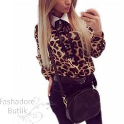 Leopardimustriline pluus