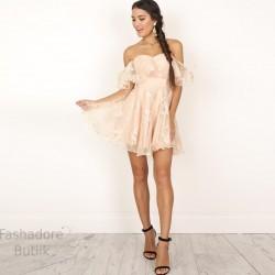Pidulik pitsiline kleit